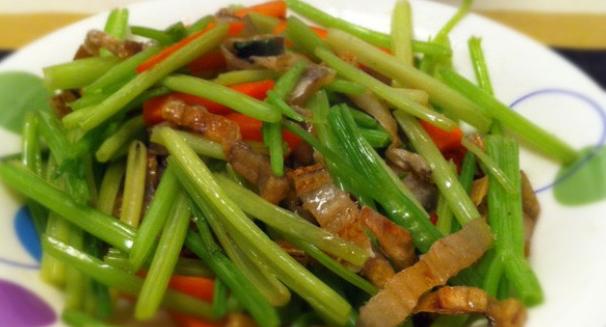芹菜炒鳗鲞